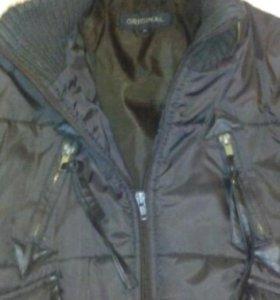 Импортная куртка очень тепла подходит на зиму,осен