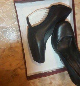 Туфли чёрные 37