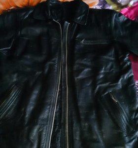 Кожанная куртка,мужская, удлиненная размер 52-54