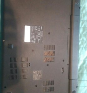 Ноутбук Acer E5-571G-52FL