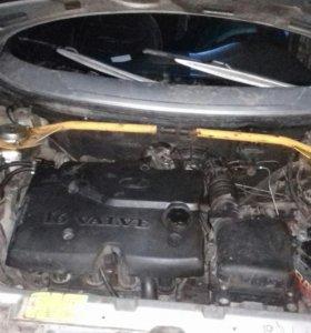 Двигатель 1.6 16клапанов