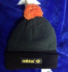 шапка adidas тёплая с помпоном