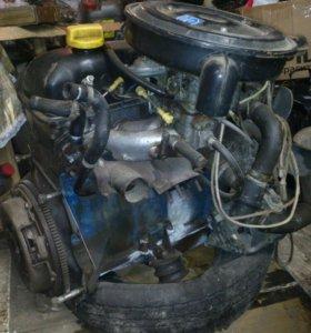 Двигатель 2106 и коробка 4 х 2500 руб.