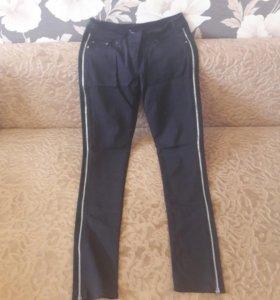 джинсы и брючки в хорошем состоянии