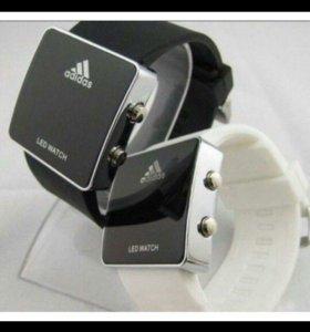 Светодиодные часы Adidas led