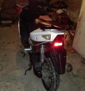 Продается скутер Fortuna 80