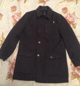 Пальто на мальчика 146 размер