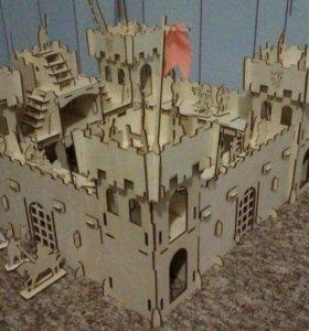 Деревянная крепость с рыцарями