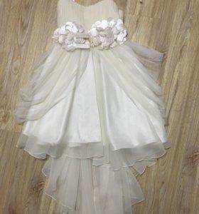 Шикарное платье на рост 128-134 см.