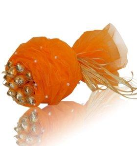 Букет из конфет Нежность оранжевый