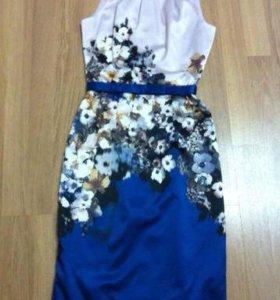 Праздничное платье XS