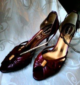 Туфли новые 40 р