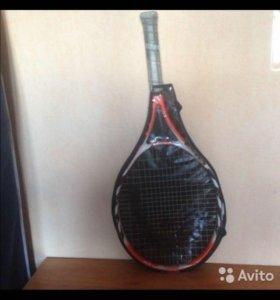 Продам теннисную ракетку