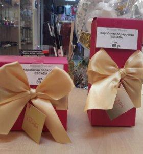Подарочные коробочки Escada