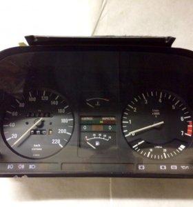 BMW e28 щиток приборов.