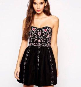 Платье бандо премиум класса с вышивкой asos petite