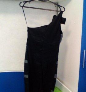 Платье женское 42 размера