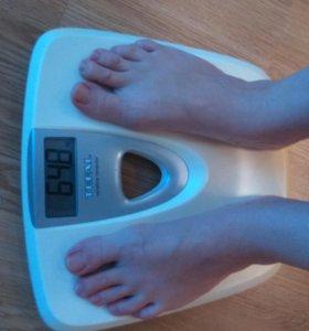 Весы напольные электронные Tefal