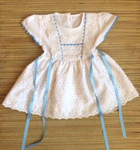 Платье на возраст 6-9 месяцев