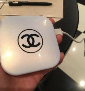 Зарядка Chanel с зеркалом