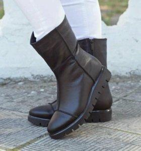 Новые зимние ботинки из натуральной кожи подкладка