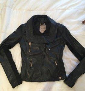 Кожаная куртка Elisabetta franchi Betty blue