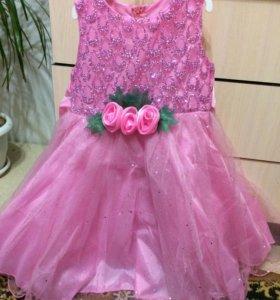 Новое нарядное платье на девочку
