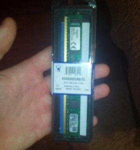Оперативка кингстон DDR2 на 2 гб