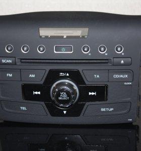 Магнитола штатная Honda CR-V 2016г.