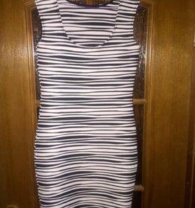 Платье s/m новое
