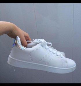 Кроссовки новые!!!