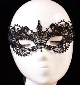 Новая маска из гипюра