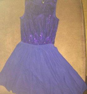 Платье с пайетками  на 12 лет