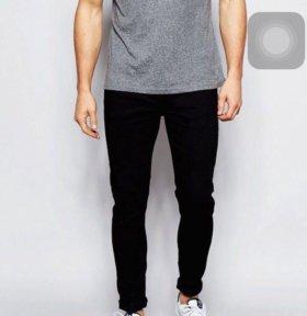 Черные супероблегающие джинсы New Look