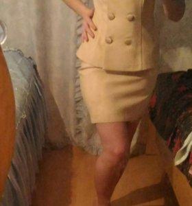 Костюм (юбка + жакет)