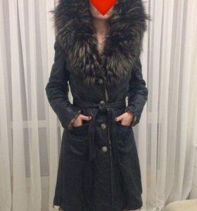 Кожаное пальто зима б/у