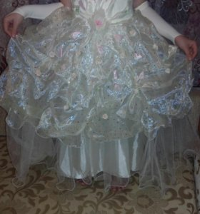 Платье пышное!