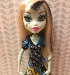 Кукла Monster High, Фрэнки Штэйн