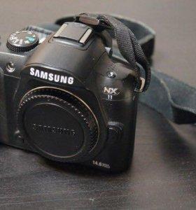 Samsung NX11 (body)