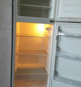 Холодильник део