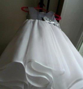 Новогодние платье новое