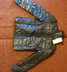 Куртка деми жен. Новая