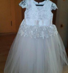 Платье для нового года или выпускного.