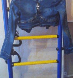 Джинсовый короткий пиджак