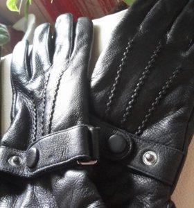 Новые кожанные  перчатки