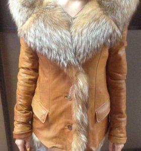 Кожаная куртка димесезонная,мех натуральный сьемны