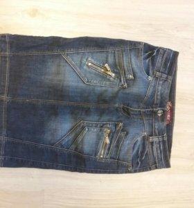 Юбка джинсовая, новая, размер 28