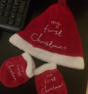 Рождественский комплект из шапочки и антицарапок