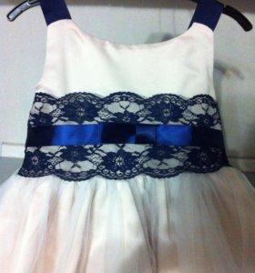 Платье на девочку 4-5лет
