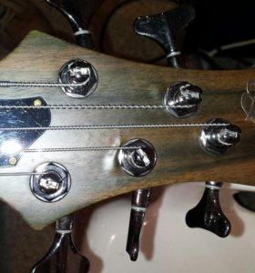 Бас-гитара Ibanez btb 675